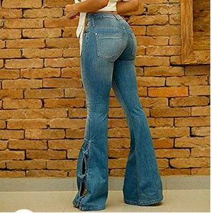 Super KEWL classic bell with a Twist jeans